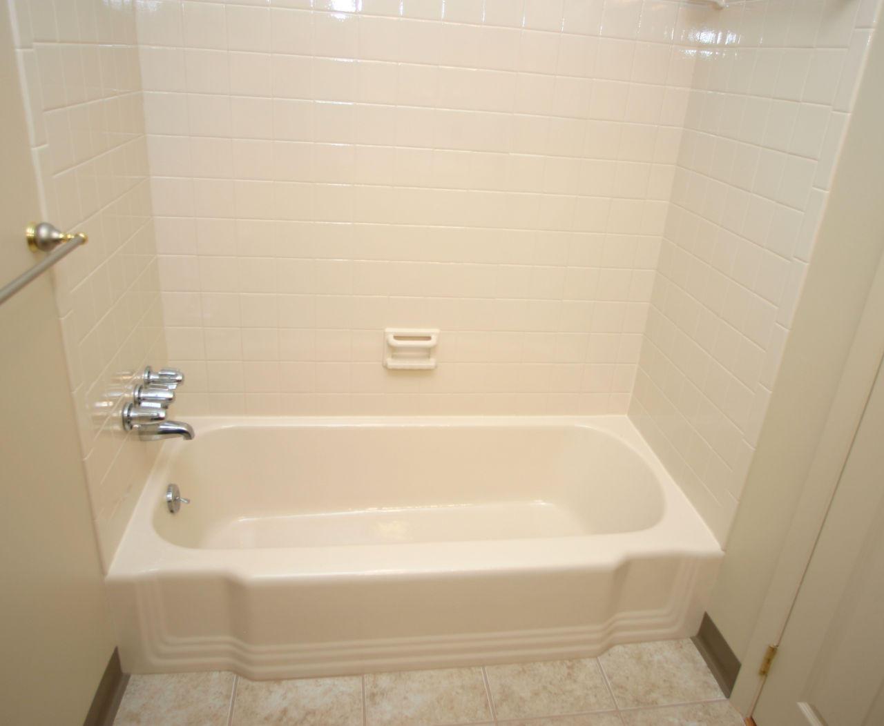 Bathroom Tile Tub & Shower Repairs   Pittsburgh & East Ohio low as $250